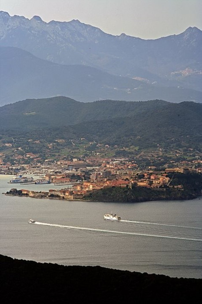 Photo de Isola d'Elba - la vetta del Monte Serra