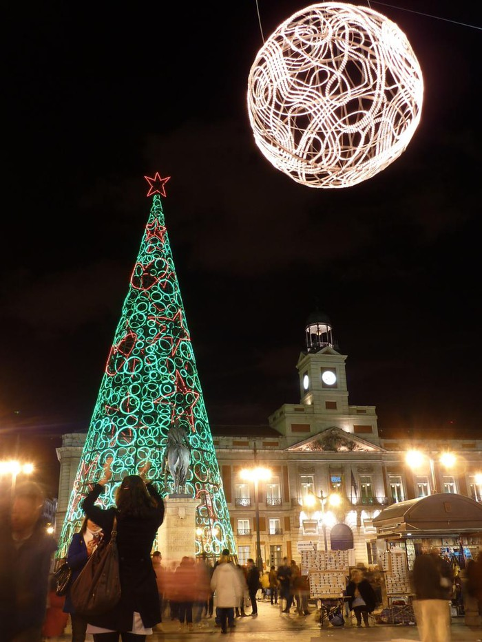 Photo of PASEO POR LAS LUCES NAVIDEÑAS DE MADRID 2011