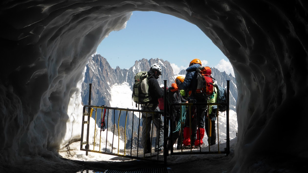 Photo of Túnel de los alpinistas - Telecabina Panoramic