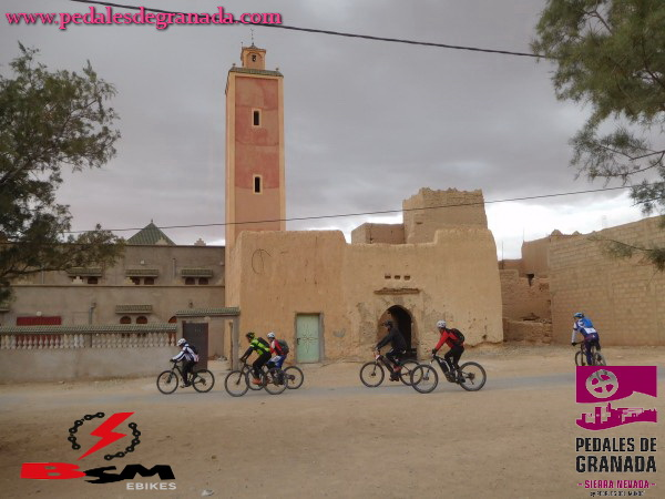 Photo de Bike Desert Trophy - 3ª et. Errachidia - Dades