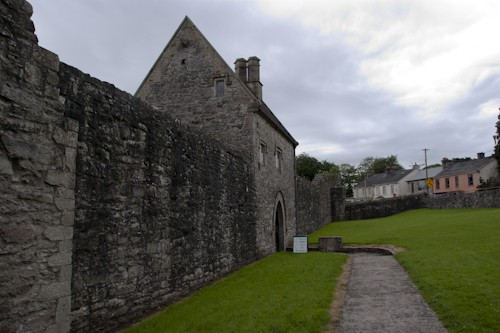 Фото Boyle Abby-Dunguaire Castle-Bunratty