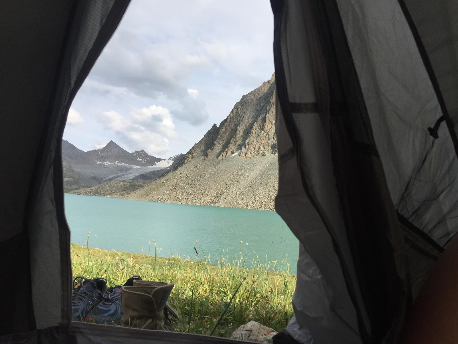 Фото Hike up to Ala Köl and sleeping in tent