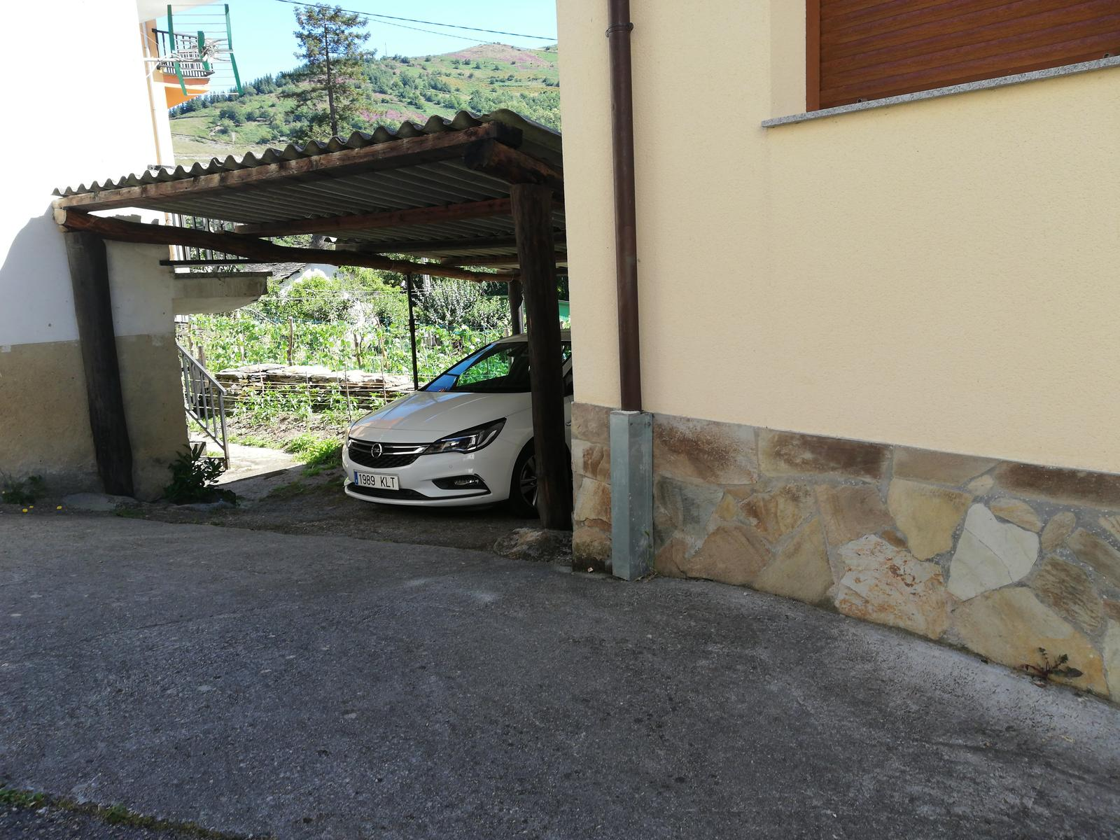 Photo of Hotel Rural L' Anceo