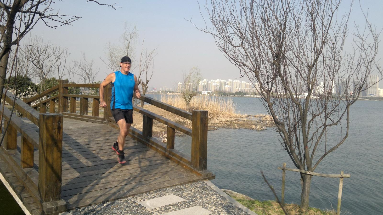 的照片 Shihu-Lake-16.75-km-Jon-De-Leon-Suzhou-China-3-3-13