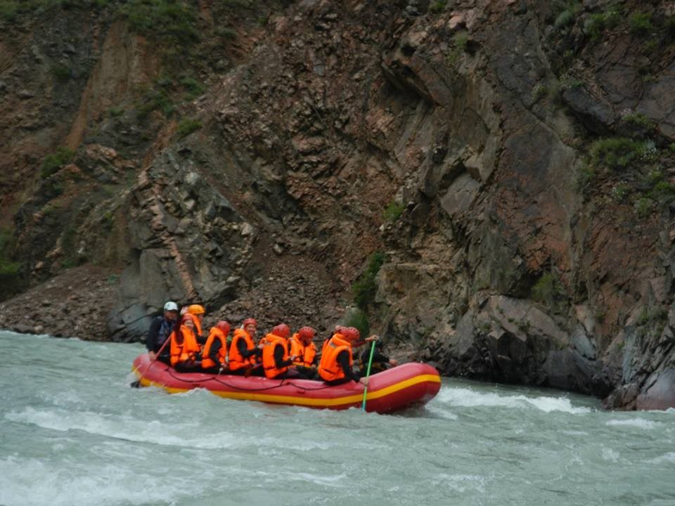 Фото Rafting in white water