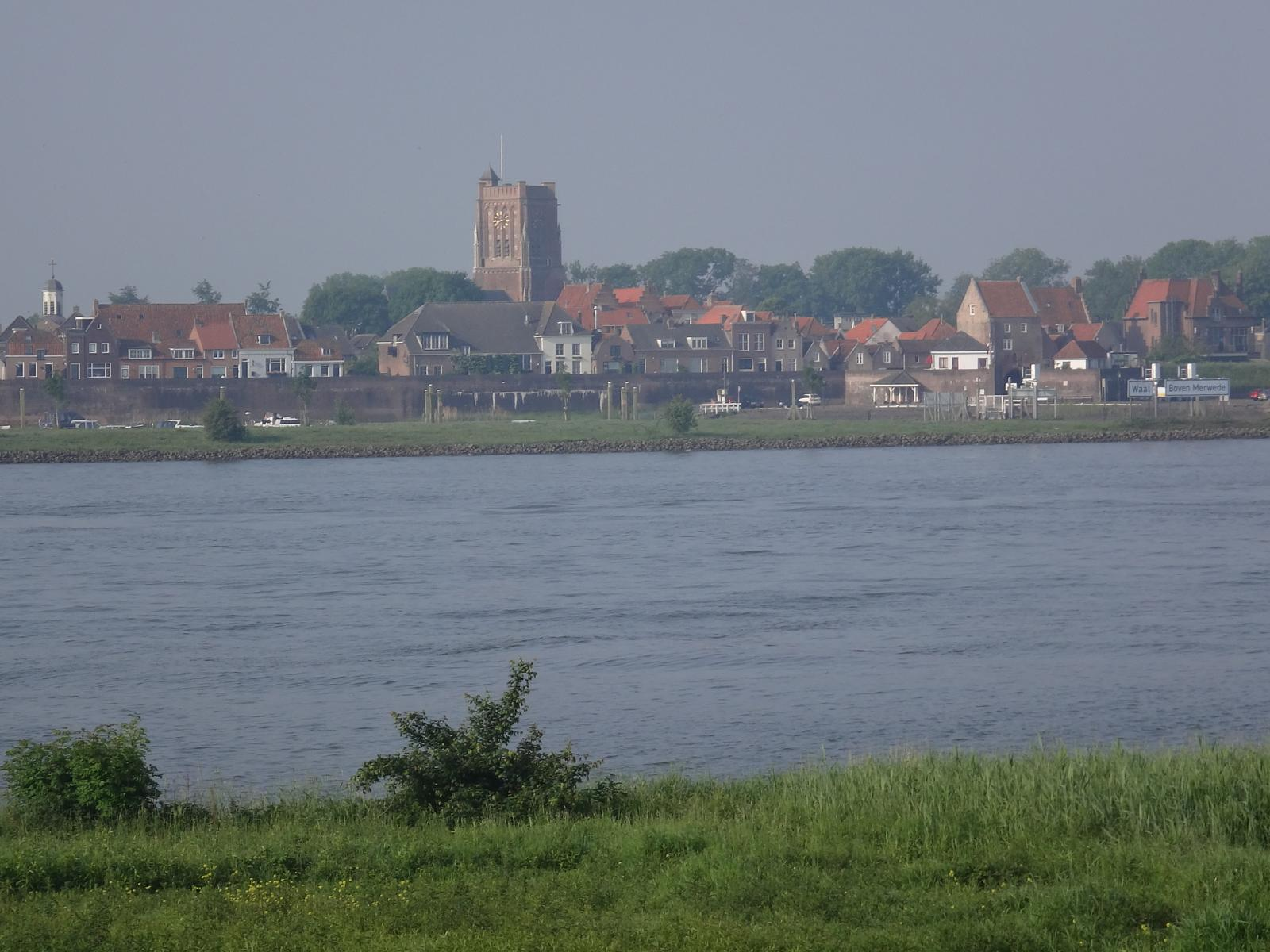 Photo of Zaltbommel-Kinderdijk langs Waal, Merwede en Noord 133 km