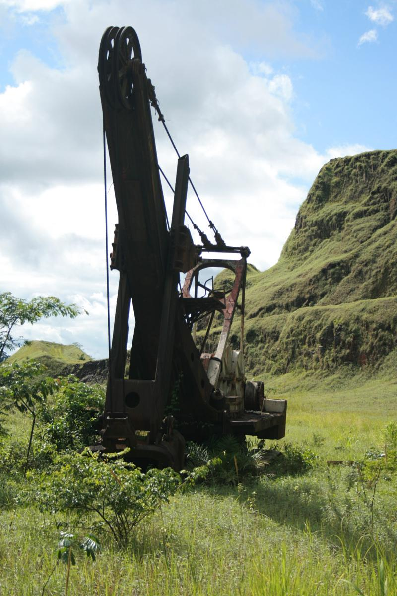 Foto van Blue Lake Yekepa old LAMCO mine