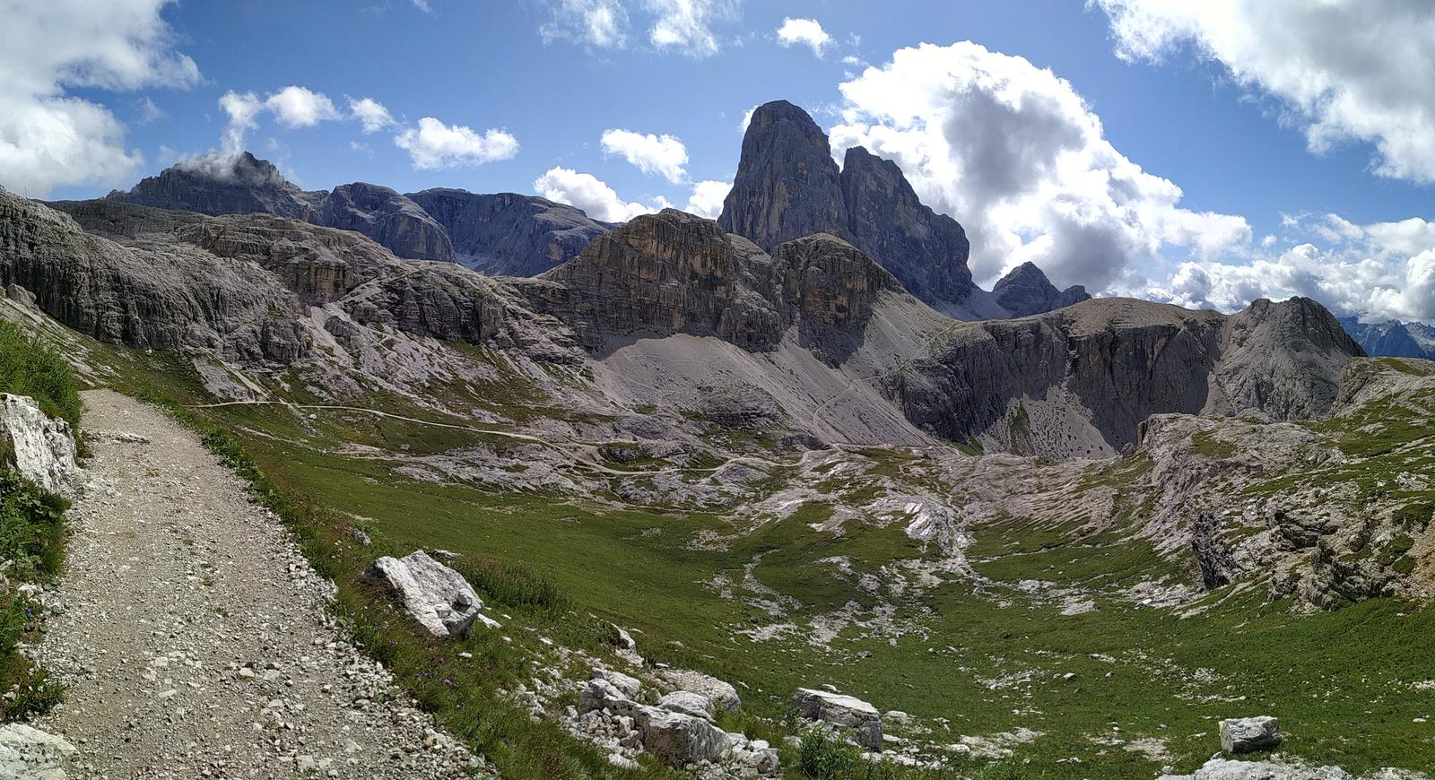 Photo of Rifugi Auronzo,Lavaredo, Pian di Cengia e Locatelli,