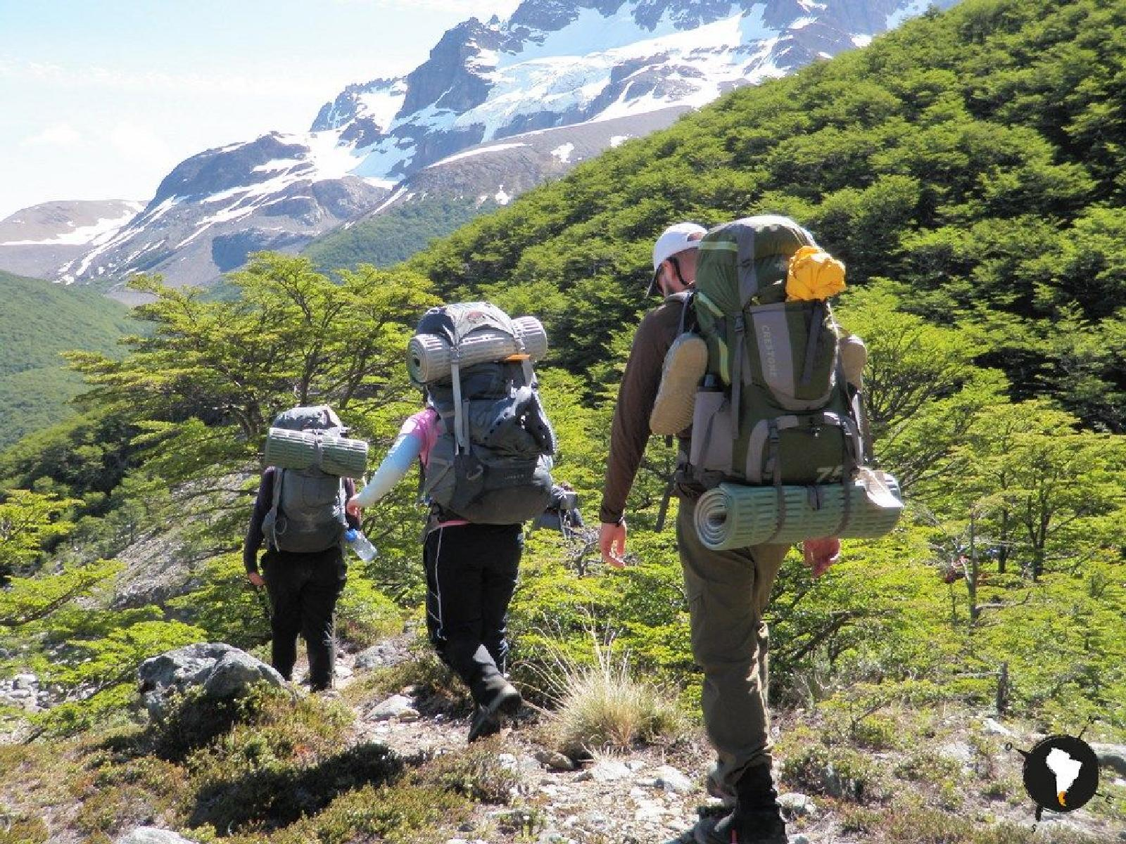 Foto af Backpack your way towards Cerro Castillo's towers and ice