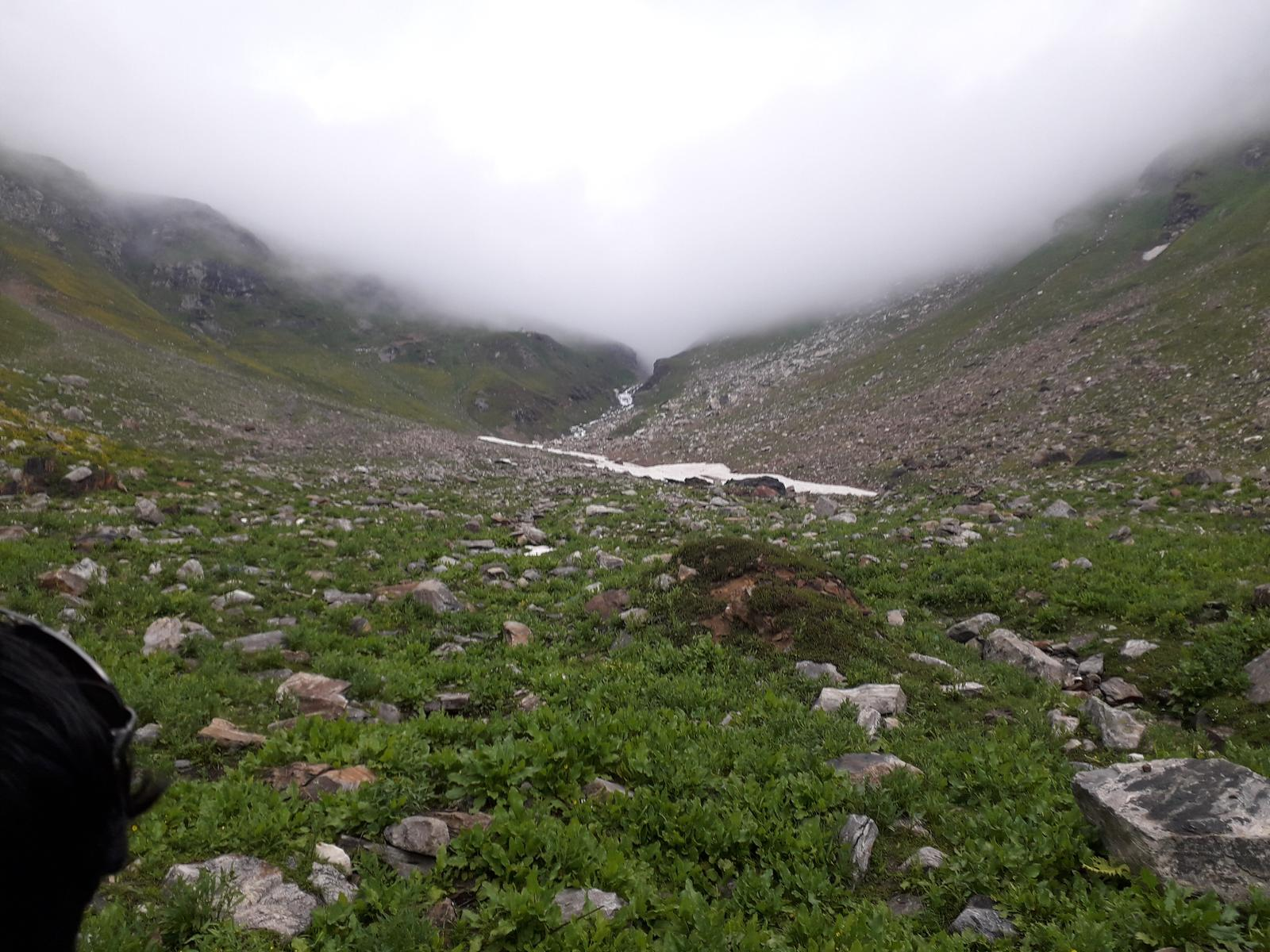 Фото Shaunter valley to lala water fall
