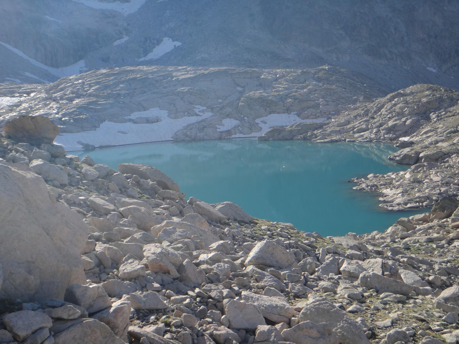 Photo of Ibón Medio de Coronas