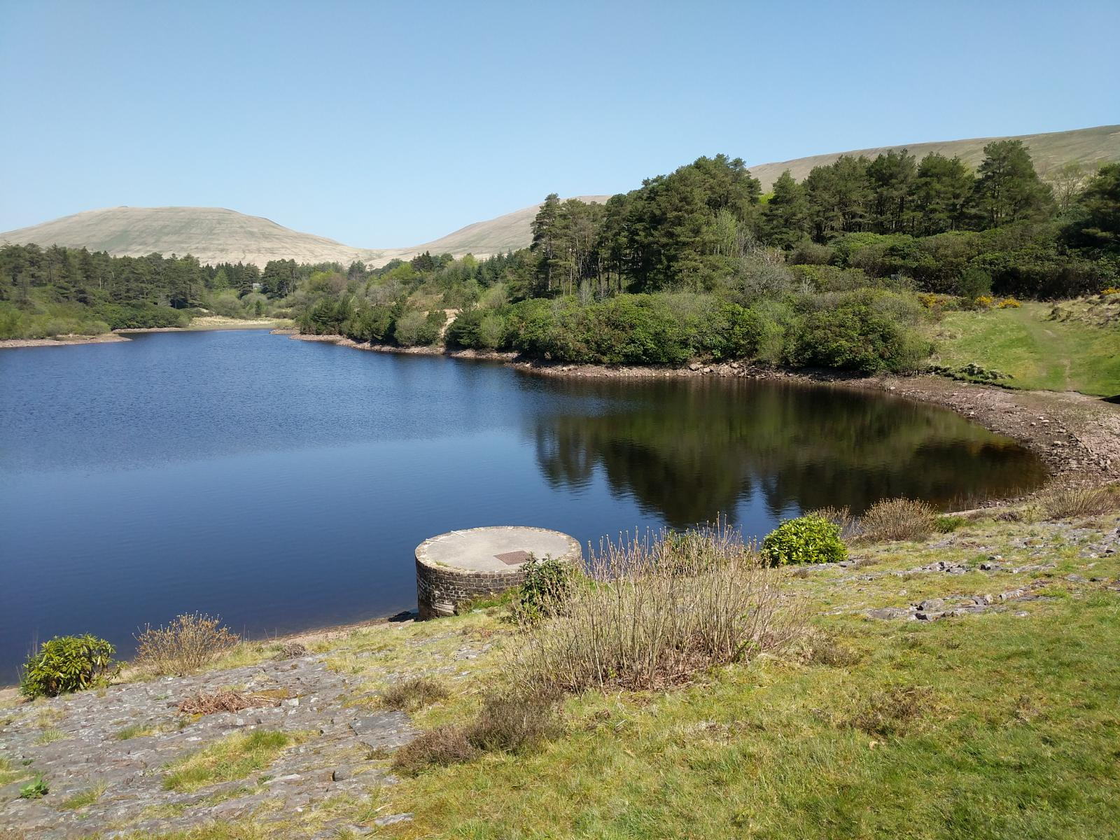 Foto di Lower Neuadd reservoir