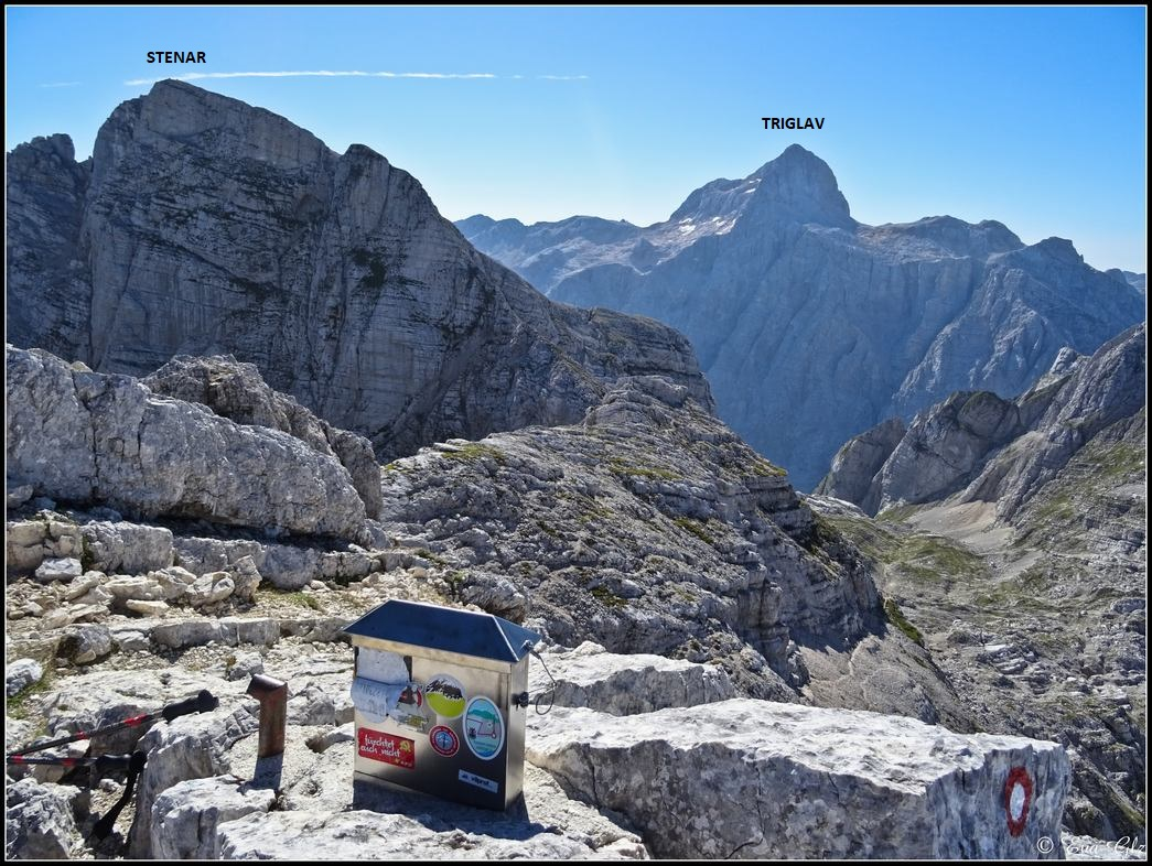 Photo of KRIZ/ KRIŽ(2.409m), circular desde refugio Aljazev Dom(Eslovenia)