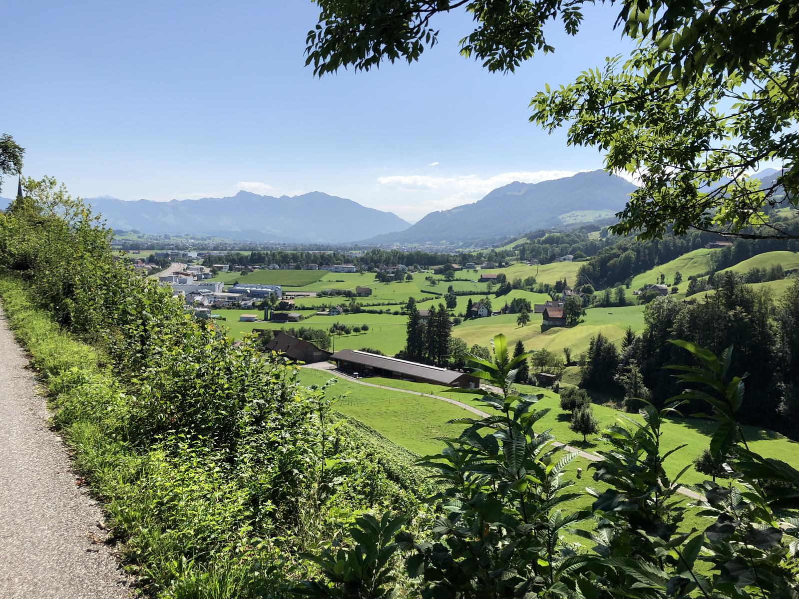 mynd af Day 5 Herzroute - Rapperswil to Einsiedeln