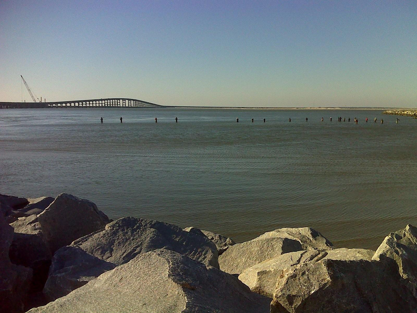 Photo of Mountains-to-Sea Trail, Oregon Inlet Bridge, no protection from traffic 16-FEB-14 03:20:45 PM