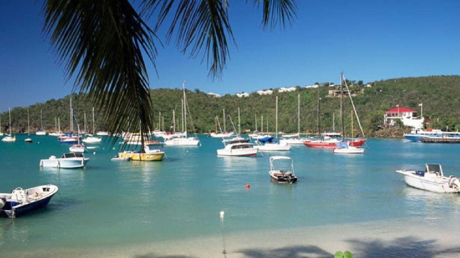 Zdjęcie HYC 7 Day Itinerary - St. Vincent to St. Vincent - Day 7 - Mayreau to Bequia